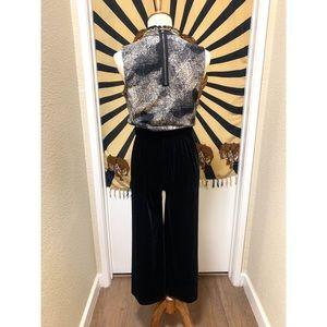 Pants - Amazing velvet soft classic elegant pants